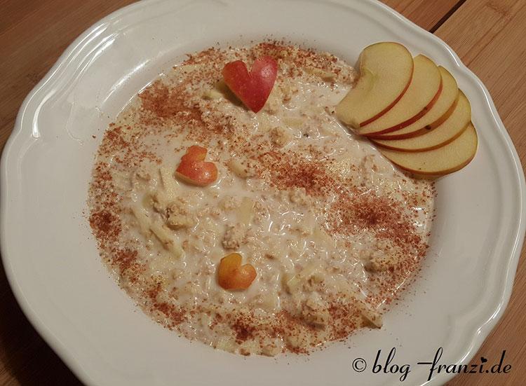 Porridge mit Bratapfel