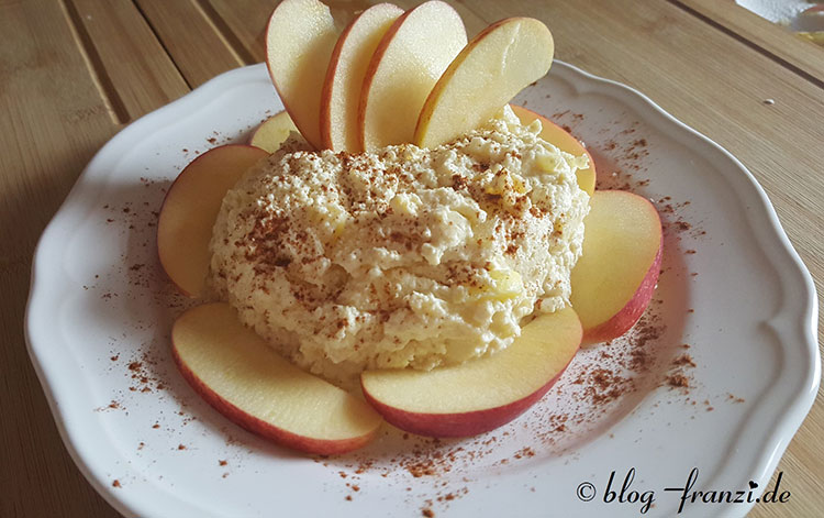 Mug-Cheesecakestyle mit Zimtapfel