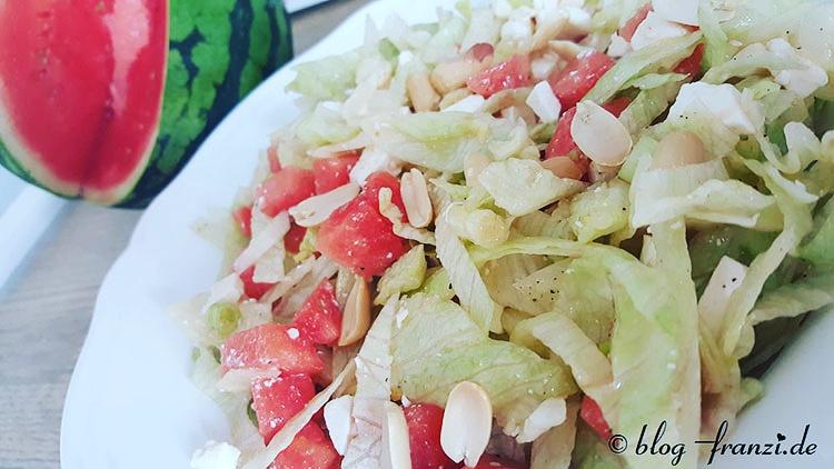 Melonen-Fetasalat mit Erdnüssen
