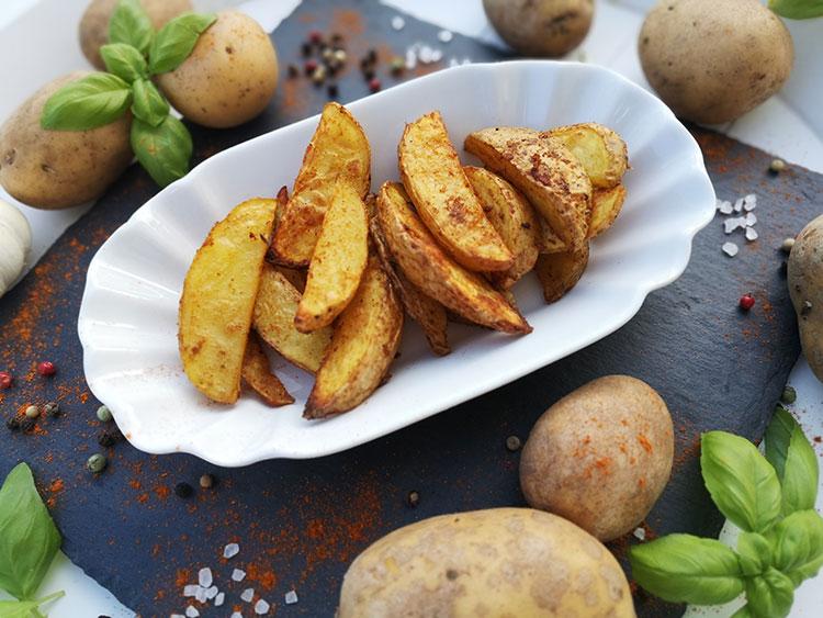 Gesunde Kartoffelspalten
