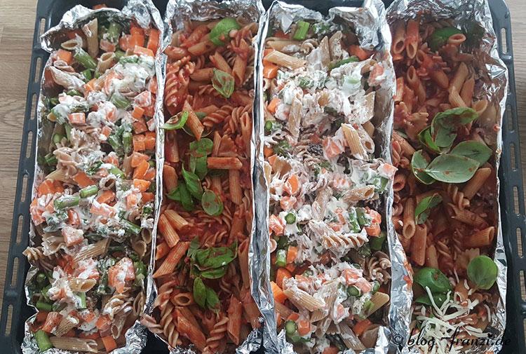 Spargel-Möhren-Frischkäse-Pasta vs. Tomaten-Basilikum-Pasta
