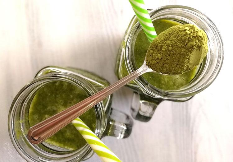 Green Smoothie mit Matcha